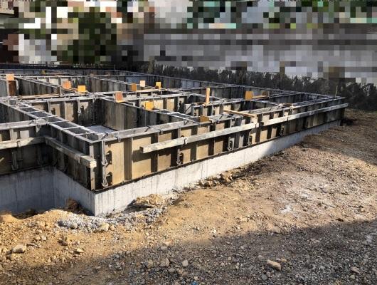 玄関部の基礎工事の写真